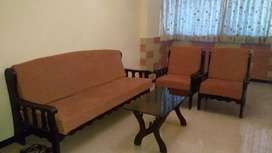 2 Bhk flat Furnished For Bachlers nd also Family