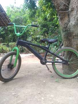 Sepeda BMX uk.20