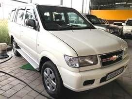 Chevrolet Tavera Elite LS - B3 10-Seater BS III, 2011, Diesel