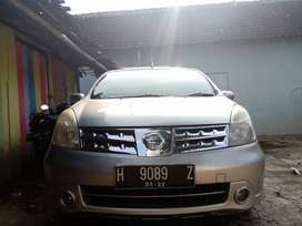 Jual Nissan Grand Livina