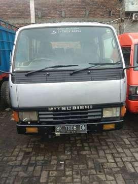 Mitsubishi Colt Diesel FE 304 Bus Tahun 2005