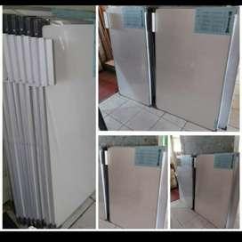 Whiteboard gantung uk.40x60