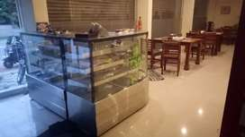 Bakery glass counter