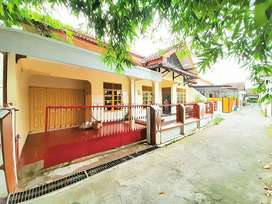Rumah sangat bagus lingkungan nyaman ringroad timur dkt stipram