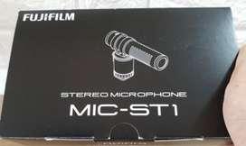 Fujifilm ST1 Mic