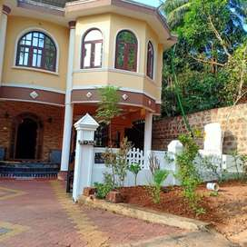 A WELL MAINTAINED VILLA FOR SALE