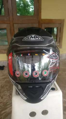 Smk brand new helmet not used with 2 year warranty