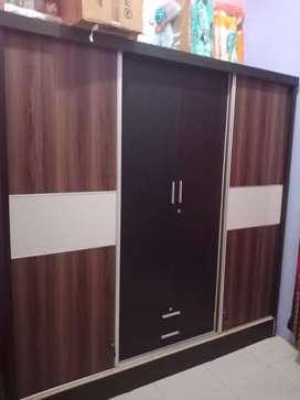 Lemari sliding dor 4 pintu ukuran jumbo
