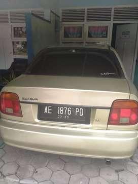 Mobil Baleno tahun 2001