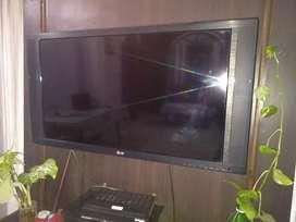32 inches LG LED TV