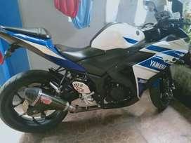 Dijual Yamaha R25 kondisi mulus (NeGo)