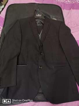 Blackberry suit