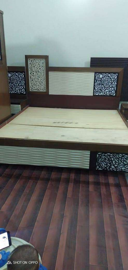 DOUBLE BED WITH 8 INCH MASTER MOLTY FOAM 0