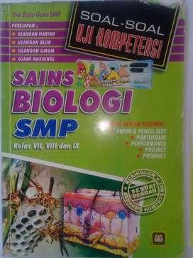 """"""" School Book SOAL - SOAL UJI KOMPETENSI BIOLOGI SMP """""""