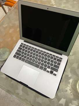 MacBook Air (13 inch, Early 2015)