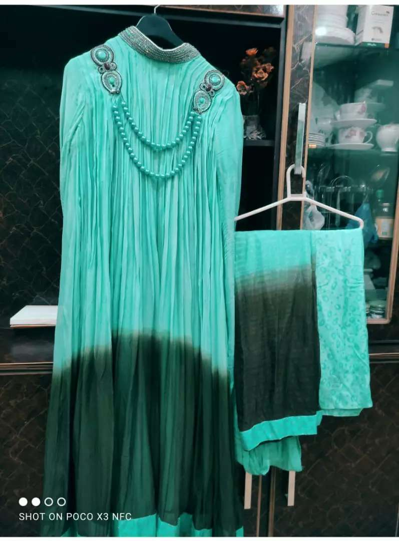 Long flairy maxi just like new