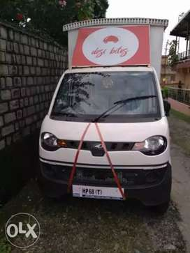 Urgent Food truck for sale in resonable price.