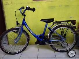 Sepeda anak import Belanda