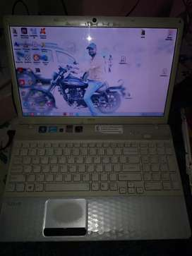 Sony vio laptop 4/500 gb