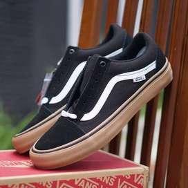 ORIGINAL Vans Oldskool Pro Black Gum Sepatu Skate Pria BNIB