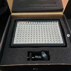 Sevenoak LED Light type SK-LED160B