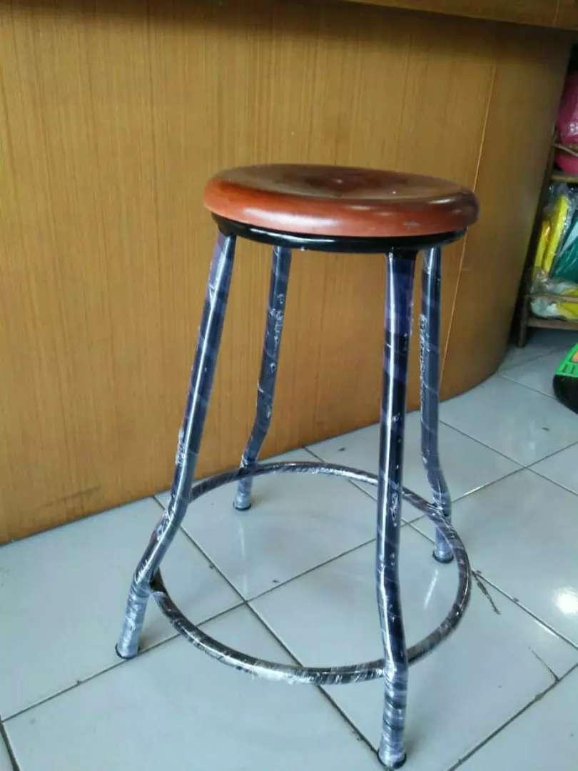 Kursi bakso kayu kaki besi 0