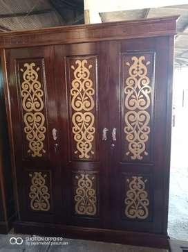Lemari pintu 3 bojonegoro