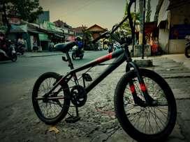 Sepeda United Epica