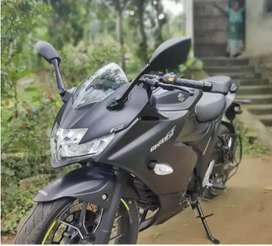 Suzuki Gixxer 250 sf Matt black (Excellent condition)