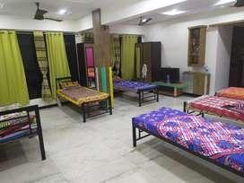 no brokerage pg at andheri east furnished flat