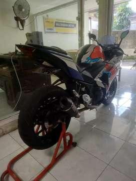 Bali dharma motor,, jual Yamaha R25 THN 2015