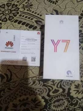 Y7 prime 2018 belue color.box and warranty open card