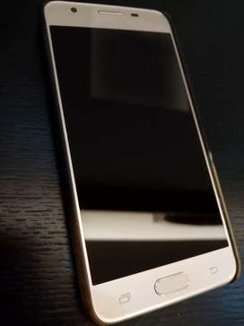 Samsung Galaxy J5 Prime for sale. (Along with a free back cover)