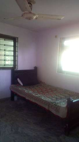 Furnish mumty with room in g11/1