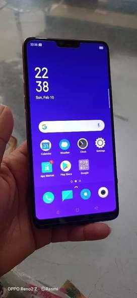 Oppo F7 4/64gb.1 years phone.