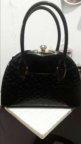 Stylo hardly one time used hand bag