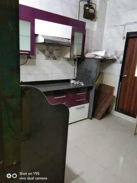 Exellent 1bhk flat rent in seawood sector 44 near petrol pump