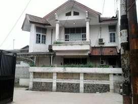 Rumah Besar dengan Luas Tanah 180 Meter di Kavling Agraria Bekasi