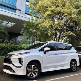 MITSUBISHI XPANDER SPORT AT 2018 WHITE ON BLACK
