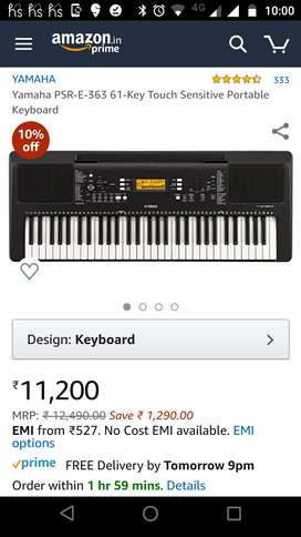 Keyboard or synthesizer with it's bag and stand