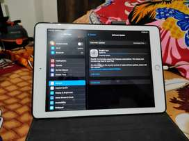 I Pad 6th Generation Wifi Only 32gb For 16500