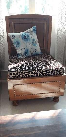 Single seater sofa pair with storage7