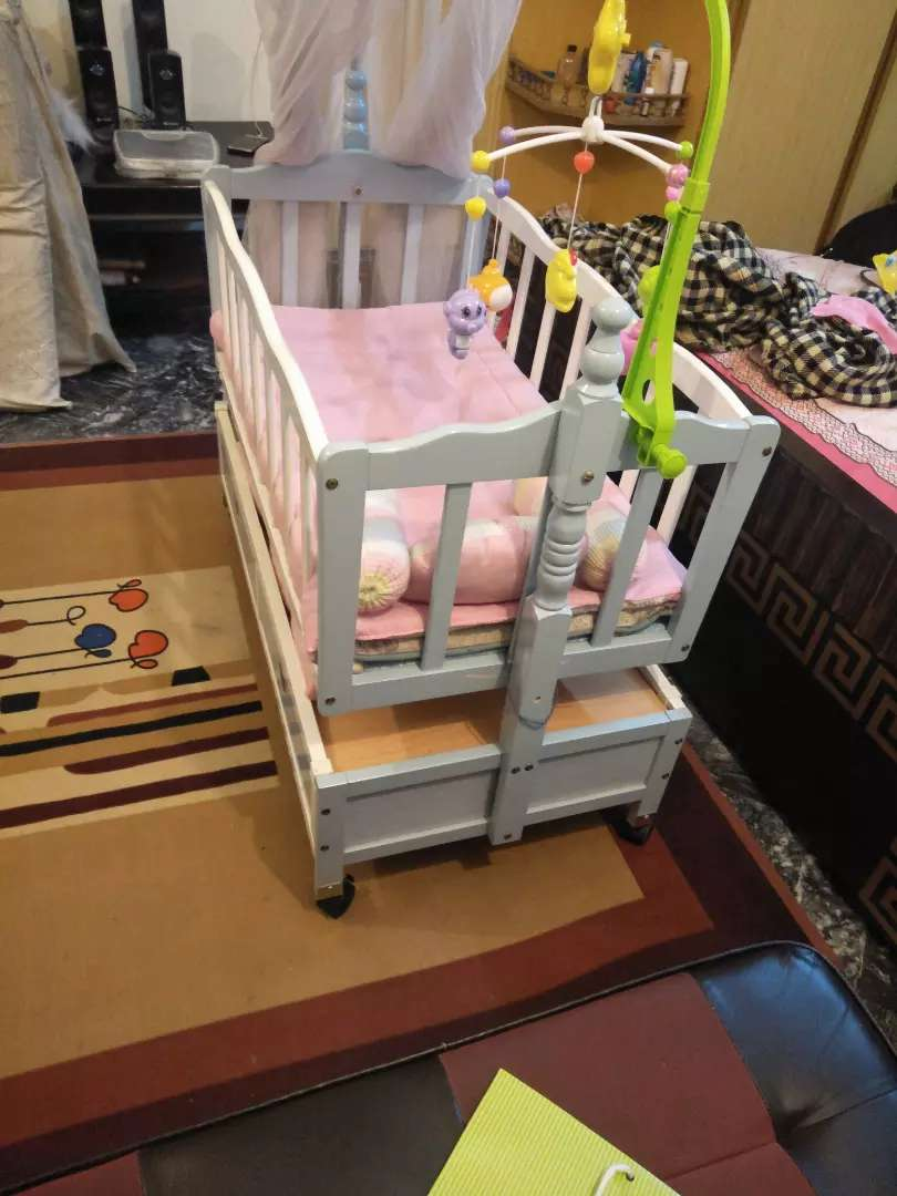 Baby Swing Cot 0