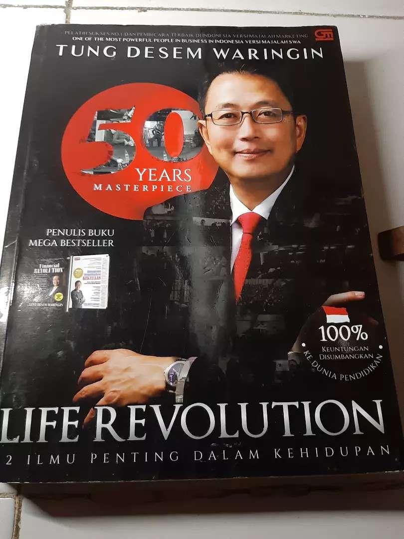 Buku Life Revolution  dr Tung Desem Waringin 0