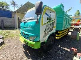 Hino dutro 130 hd 2011 dump truk