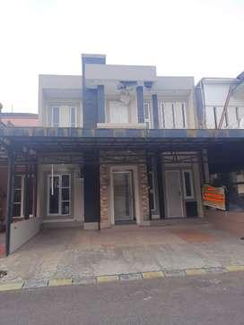 Dijual, Rumah Graha Raya, Full Renovasi