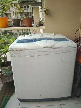 Samsung 7 kg Semi Automatic Washing M/C