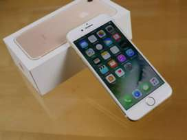 Apple iPhone 7 available  in best opening price