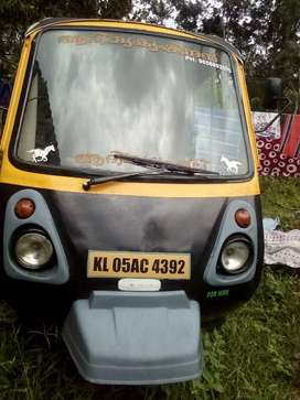 Kumar passenger auto glass for sale