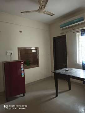 2bhk fully furniture flat for rent at Hitech city
